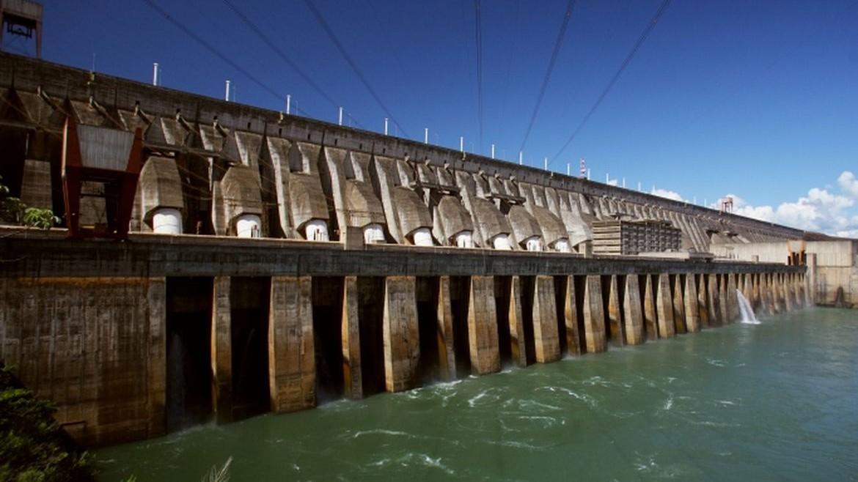 Governo brasileiro terá de renegociar as bases financeiras do acordo para a construção e o funcionamento da usina de Itaipu / Itaipu Binacional