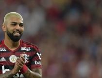 Flamengo bate o Santos e fecha primeiro turno do Brasileirão na ponta