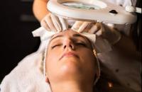 Limpeza de Pele: Como fazer o procedimento passo a passo e descubra os principais benefícios para o rosto