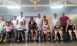 Mais de 2 mil cadeiras de rodas são entregues a usuários pelo CER Ritinha Prates