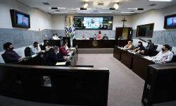 Plenário aprova projeto do bônus anual a profissionais da educação