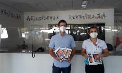Paciente curado de câncer retribui carinho do Hospital de Base e Hospital da Criança e Maternidade doando tablets para uso de pacientes da Oncologia