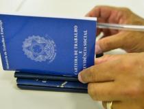 Indicador antecedente de emprego da FGV sobe 4,7 pontos em maio