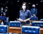 Senadores voltam a defender derrubada do veto à distribuição de absorventes