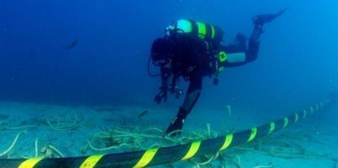 Novo cabo submarino Brasil-Europa aumentará conexão de 20 GB/s para 40 TB/s