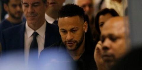 Advogado de Najila Trindade deixa o caso Neymar