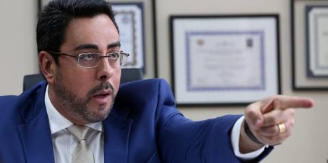 Ex-secretário de Cabral é condenado por Bretas a pagar R$ 14 milhões