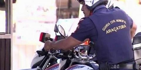 Desempregado é preso por furto de cosméticos em estabelecimento comercial no bairro Centro em Araçatuba
