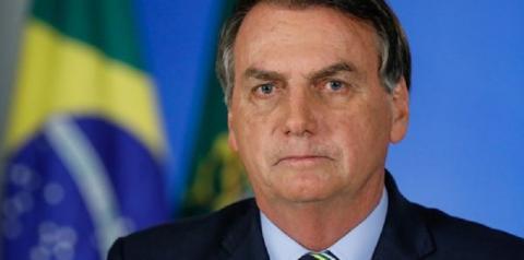 Bolsonaro faz pronunciamento sobre combate à covid-19