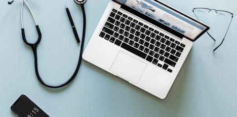 Serviço de atendimento médico remoto auxilia pacientes sem que eles saiam de casa
