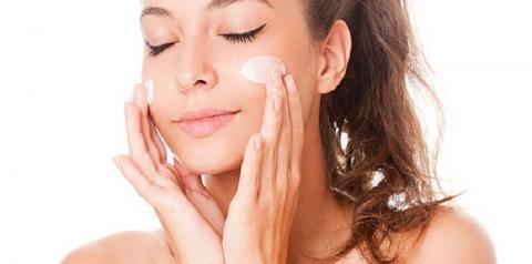Filtro Solar para o rosto: Como escolher a melhor opção? Veja 6 dicas