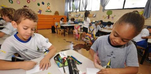 Criatividade e paciência são fundamentais na educação infantil