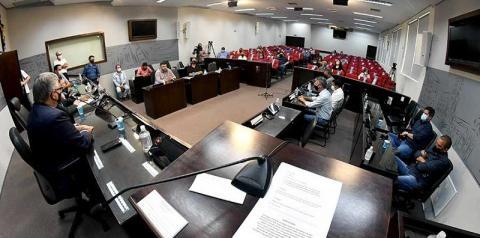 Presidentes de câmaras da região lançam frente parlamentar