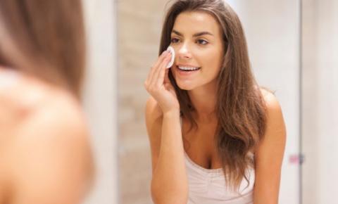 Bicarbonato no rosto: benefícios, contraindicações e receitas poderosas