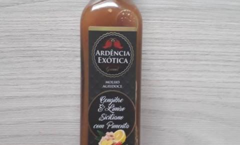 Chef Carlos Pita lança molho de pimenta com toque de gengibre e limão siciliano