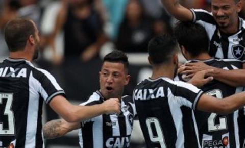 Botafogo derrota o Corinthians e se afasta ainda mais do Z-4