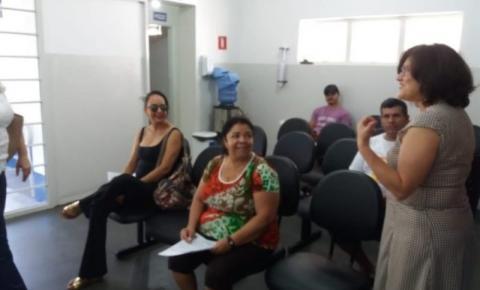 Secretaria de saúde visita UBS para ouvir população e funcionários
