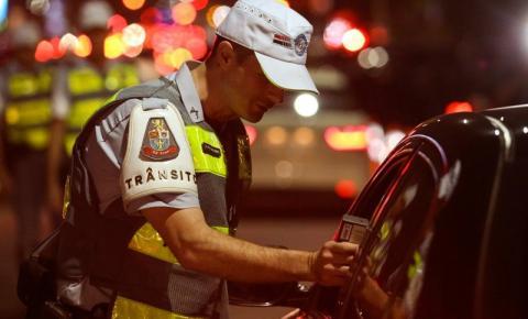 Programa Direção Segura autua 123 motoristas em sete cidades