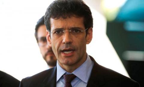 Exoneração do ministro do Turismo é publicada no Diário Oficial