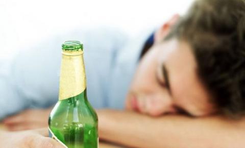 Exagerou na Bebida? Dicas para melhorar a ressaca