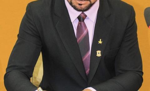 Presidência da Câmara de Salmourão convoca procurador jurídico aprovado em concurso público