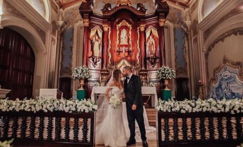Projota e Tamy Contro se casam e optam por doar presentes