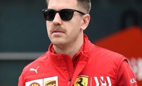 Ferrari não quer saída de Vettel, diz jornalista italiano