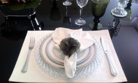 Dicas para decoração da mesa de jantar no dia-a-dia