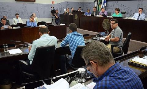 Vereadores aprovam cinco itens na 27ª Sessão Ordinária do ano