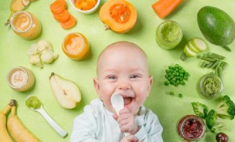 Introdução alimentar: Saiba o melhor jeito de fazer papinha saudável para o bebê