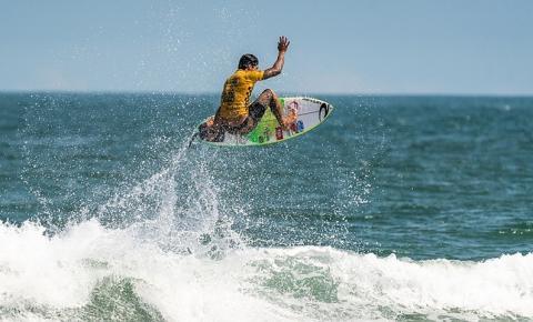 Brasil segue firme na busca pelo título dos Jogos Mundiais de Surfe