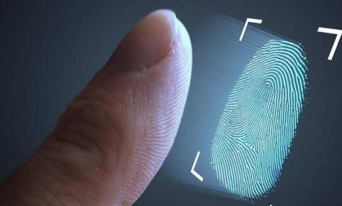 Hackers usam impressão digital de copos para desbloquear celulares