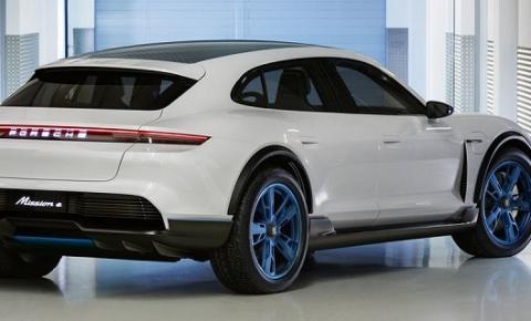 Mission E Cross Turismo é a nova SUV elétrica e potente da Porsche