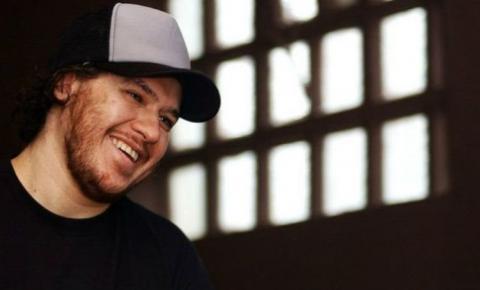 5 anos sem Chorão! Viúva e fãs prestam homenagem ao cantor