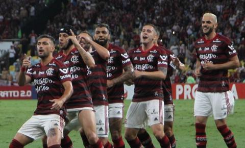 Flamengo goleia Avaí por 6 a 1 diante de 69 mil torcedores