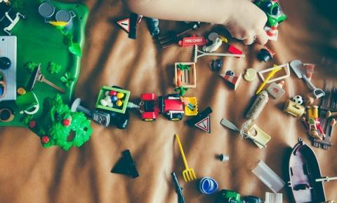 Parafusos, Canetas e Tesouras: O que mais as crianças podem engolir