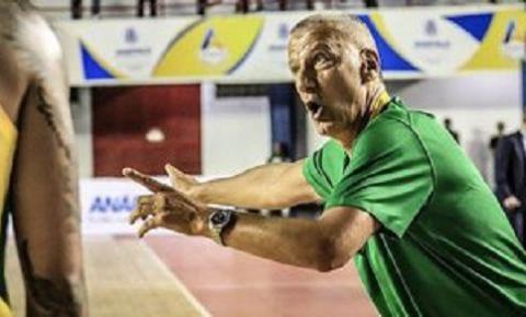 Petrovic aposta em novos jogadores ao convocar seleção de basquete