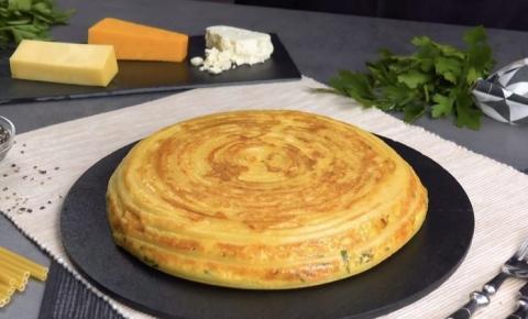 Omelete de bucatini: para qualquer refeição do dia