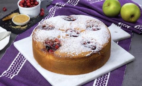 Torta de maçã com cranberries e passas: linda e deliciosa