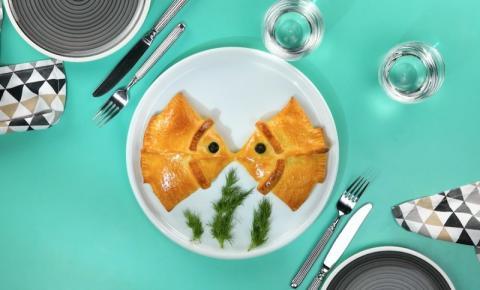 Peixinhos: minipizzas recheadas com salmão defumado