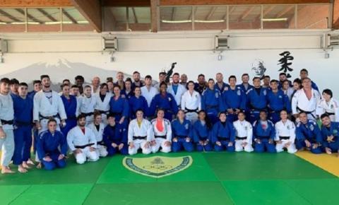 Depois de oito dias em Mittersill, seleção brasileira chega à Roma para nova fase de treinamentos
