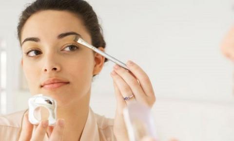Dicas de maquiagens para o verão: confira as principais tendências