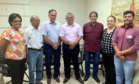 Deputado estadual que recebeu dois votos em Araçatuba visita a Santa Casa e anuncia emenda de R$ 100 mil para custeio de atendimentos