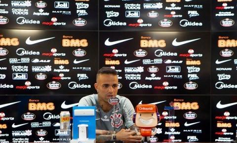 """Luan: """"Muito feliz em poder ajudar o Corinthians e realizar sonho de fazer gol em casa"""""""