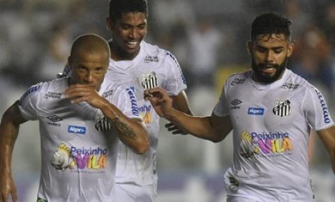 Santos FC vence Botafogo (SP) na Vila Belmiro pelo Campeonato Paulista