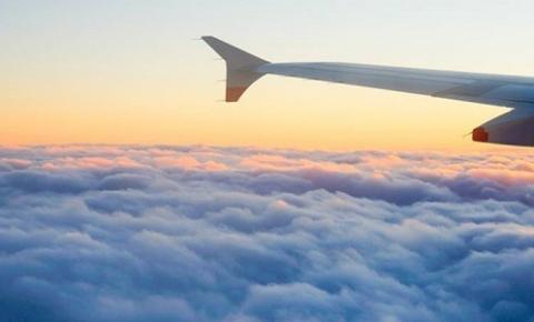 O que acontece se você não ligar o modo avião durante o voo?