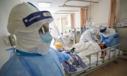 Diretor de hospital em Wuhan morre infectado pelo novo coronavírus