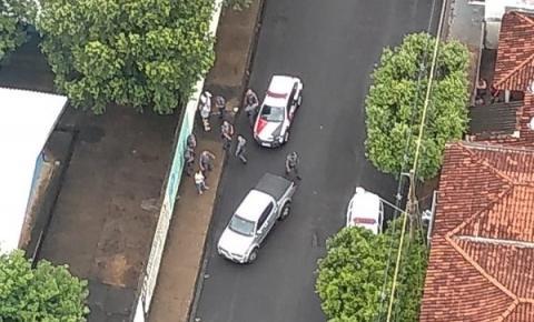 Após acompanhamento, Policiais Militares de Birigui conseguem deter adolescente infrator  que estava com simulacro de arma de fogo  e salvam médico que ele  sequestrou