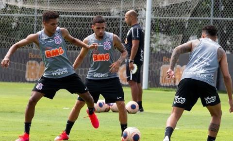 Tiago Nunes faz ajustes no Timão para o duelo contra o Água Santa