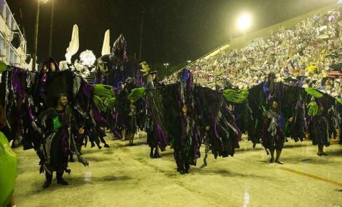 Escolas da série A desfilam hoje e amanhã no Sambódromo do Rio